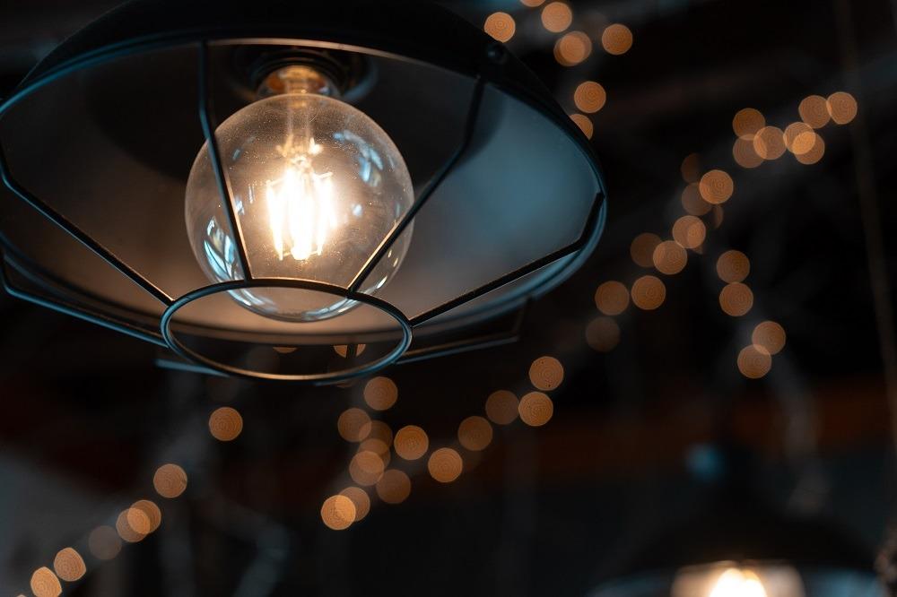 Lâmpadas e luminárias decorativas para iluminação de Natal